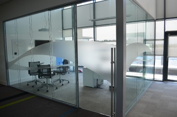 Commercial All Glass Entry Ways_4