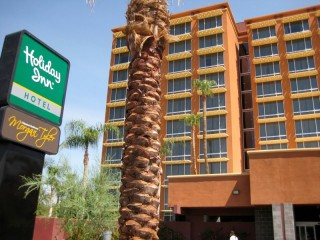 Holiday Inn_9